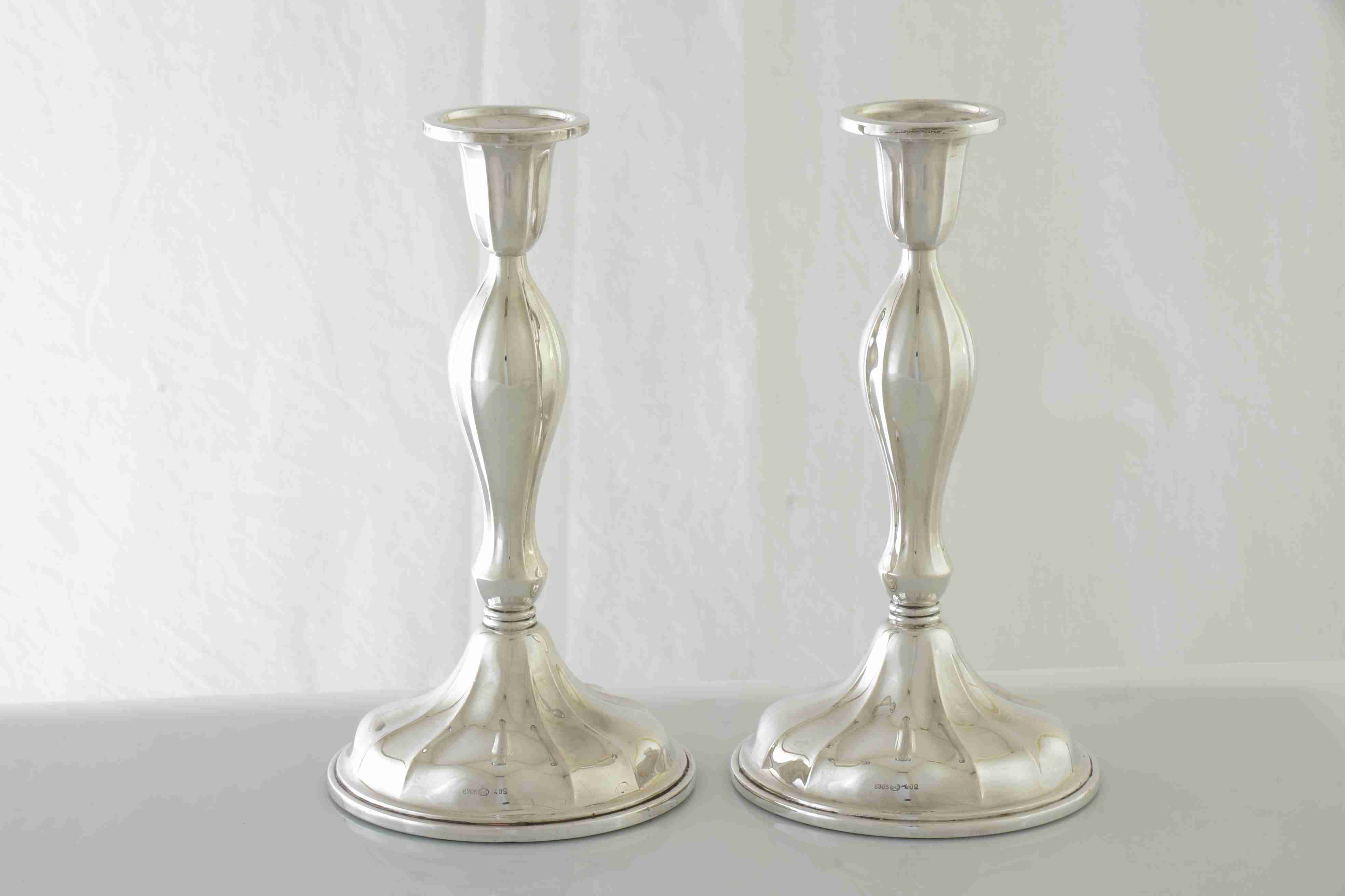 Opprinnelig 014 Par sølv lysestaker, 830S Th.Martinsen Tønsberg, H=18,5cm, Ø=10cm. DB-37